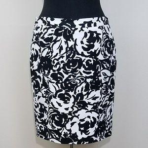 Liz Claiborne, Floral Monochrome Pencil Skirt, 6